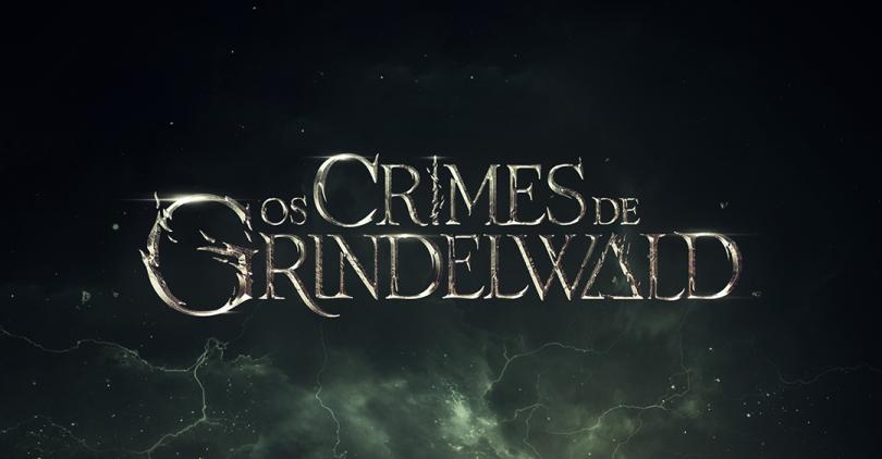 O logo de Os Crimes de Grindelwald entre núvens e uma tempoestade.