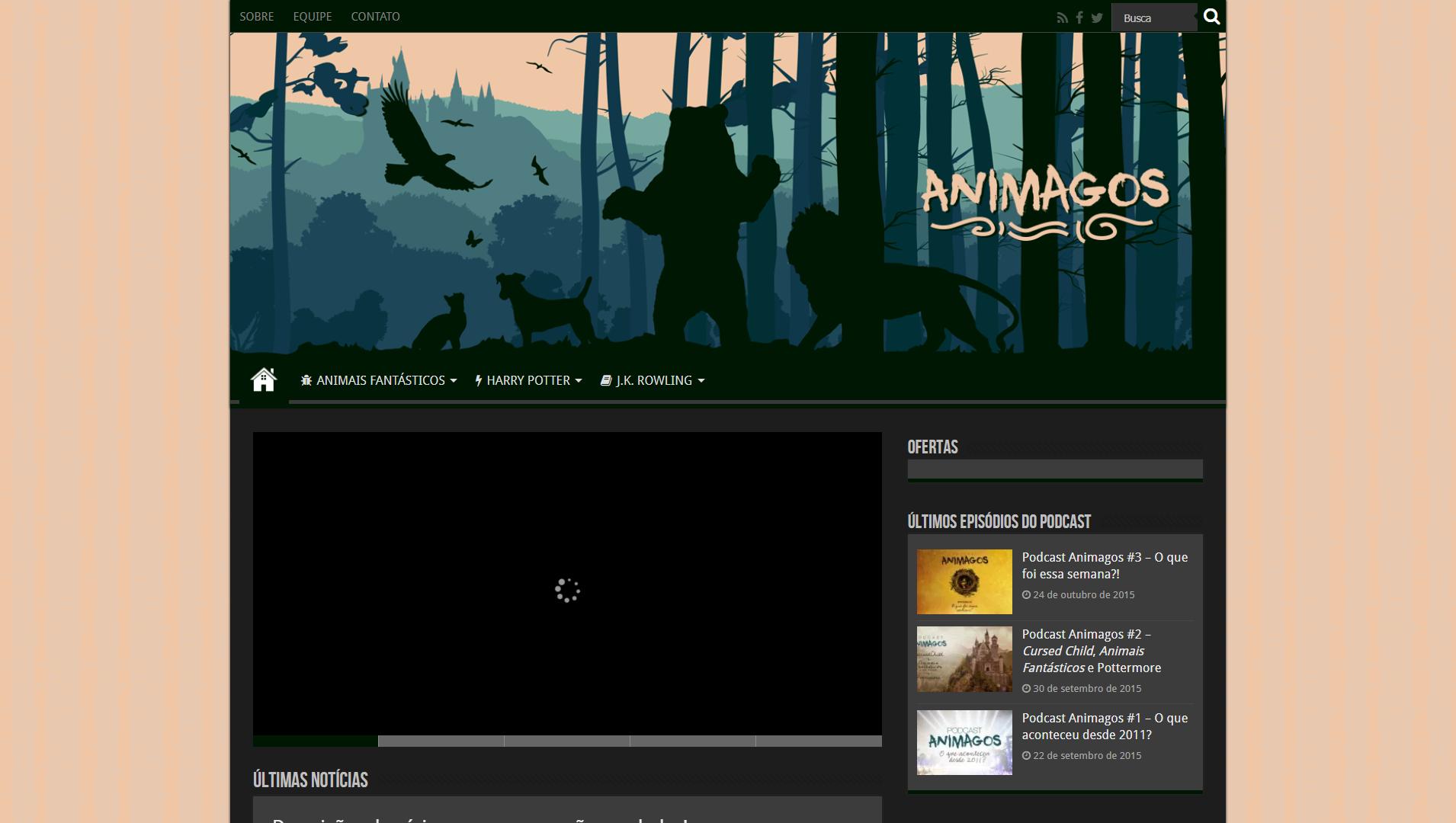 Print screen do primeiro layout do site, com uma imagem no topo da silhueta de seis animais: uma águia, um gato, uma borboleta, um cachorro, um urso e um leão. Ao fundo, vê-se a silhueta de Hogwarts.