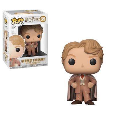O boneco do Gilderoy Lockhart com as vestes salmão que usa em Hogwarts.