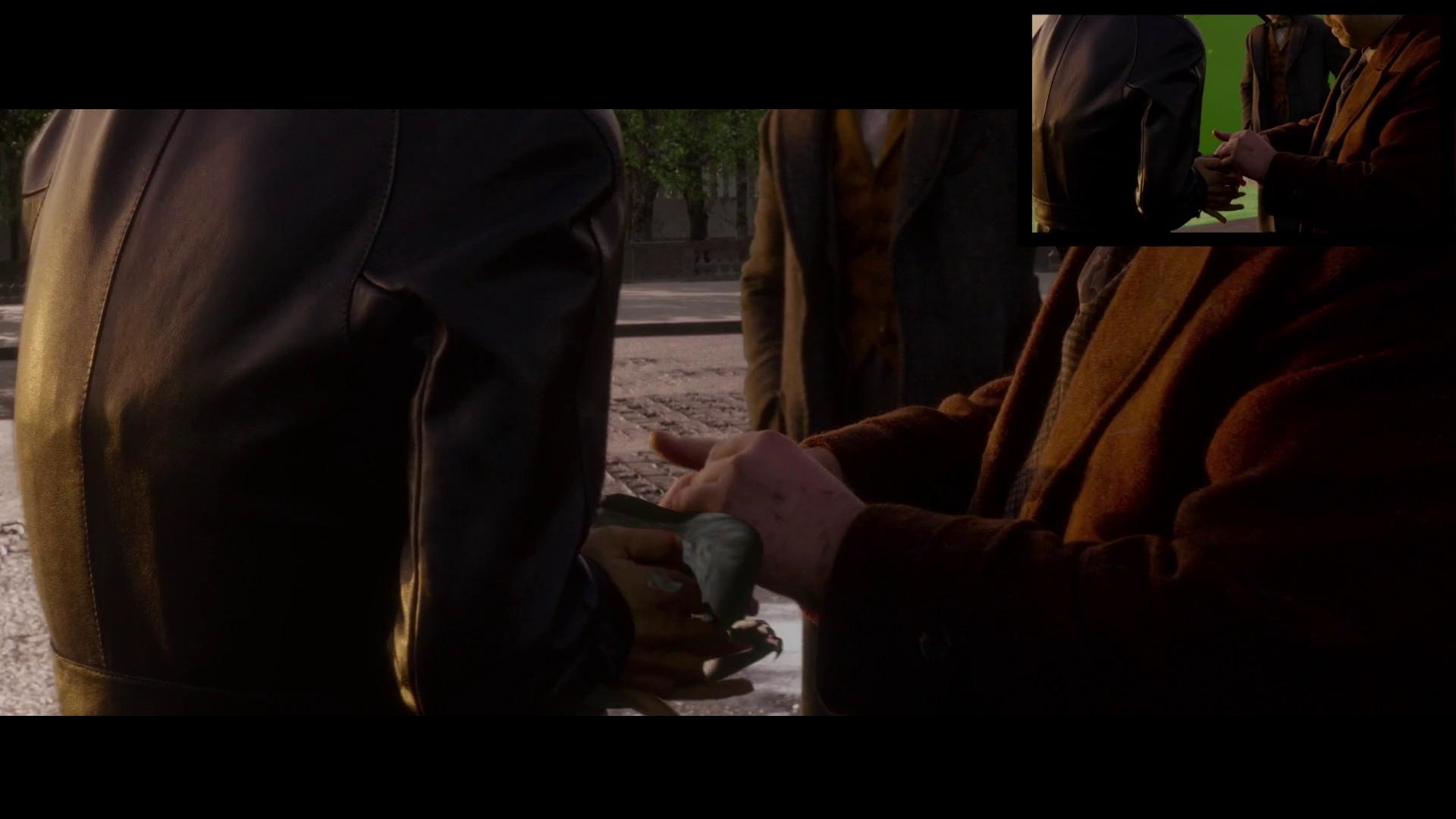 Continuação da imagem anterior. Newt pega o pelúcio.