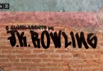"""A capa do episódio é uma foto de uma parede com a tinta descascada. Antes, claramente havia uma bandeira trans pintada na parede. Em baixo, sobre os tijolos à mostra, há uma pixação que diz """"o cancelamento de J.K. Rowling""""."""