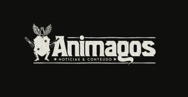 """Imagem com o fundo preto e, no centro, o logo do Animagos. Ele tem um escudo à esquerda, com braços e pernas. Nas mãos ele segura jornais enrolados. Em cima do escudo, há uma coruja. Embaixo do logo, a frase """"notícias & conteúdo""""."""